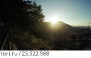 Купить «Подъем по лестнице с видом на солнце», видеоролик № 23522588, снято 19 апреля 2016 г. (c) Потийко Сергей / Фотобанк Лори