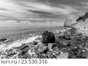 Морское побережье возле Скалы-Парус. Геленджик, Россия. Стоковое фото, фотограф Надежда Тинякова / Фотобанк Лори