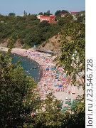 Пляж поселка Бетта на Черном море, Россия (2009 год). Стоковое фото, фотограф Ольга Летто / Фотобанк Лори