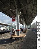 Купить «Станция «Измайлово» Московского центрального кольца (МЦК)», эксклюзивное фото № 23569608, снято 21 сентября 2016 г. (c) lana1501 / Фотобанк Лори