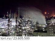 Купить «Japan, Sanyo Region, Okayama Prefecture, Kurashiki-shi, Mizushima, View of gas industry at night.», фото № 23605500, снято 20 сентября 2018 г. (c) age Fotostock / Фотобанк Лори
