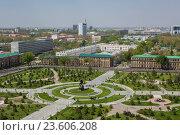Купить «Asia, Uzbekistan, Tashkent, Amir Timur Square with cityscape.», фото № 23606208, снято 20 сентября 2018 г. (c) age Fotostock / Фотобанк Лори