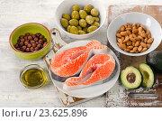 Купить «Food sources of unsaturated fats.», фото № 23625896, снято 25 июня 2016 г. (c) Tatjana Baibakova / Фотобанк Лори