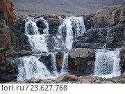Купить «Плато Путорана. Двухступенчатый водопад на реке Бучараме», фото № 23627768, снято 5 августа 2011 г. (c) Сергей Дрозд / Фотобанк Лори