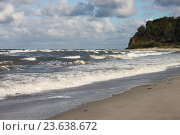 Пляж Балтийского моря осенью, эксклюзивное фото № 23638672, снято 24 сентября 2016 г. (c) Ната Антонова / Фотобанк Лори