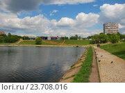 Купить «Мазиловский пруд. Район Фили-Давыдково. Москва», эксклюзивное фото № 23708016, снято 19 мая 2009 г. (c) lana1501 / Фотобанк Лори