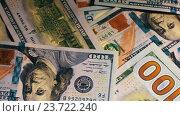 Купить «Стодолларовые купюры», видеоролик № 23722240, снято 29 сентября 2016 г. (c) Pavel Biryukov / Фотобанк Лори