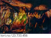 Мраморная пещера, Крым (2015 год). Стоковое фото, фотограф Сергей Носов / Фотобанк Лори