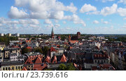 Купить «Torun (Thorn) is city in Poland, on Vistula Rive», видеоролик № 23739616, снято 7 апреля 2016 г. (c) BestPhotoStudio / Фотобанк Лори