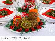 Купить «Паштет из печени на новогоднем столе», эксклюзивное фото № 23745648, снято 9 октября 2016 г. (c) Blekcat / Фотобанк Лори