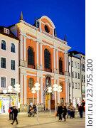 Купить «Image of the Church named Burgersaalkirche in the pedestrian zone Munich at night», фото № 23755200, снято 9 марта 2015 г. (c) easy Fotostock / Фотобанк Лори