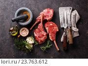 Купить «Телячьи ребра сырое свежее мясо», фото № 23763612, снято 14 июля 2016 г. (c) Лисовская Наталья / Фотобанк Лори