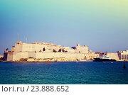 Купить «View of St. Angelo Fort. Malta», фото № 23888652, снято 20 декабря 2010 г. (c) Яков Филимонов / Фотобанк Лори