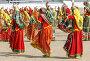 Индийские девушки в красочных этнических танцевальных одеждах на ярмарке Пушкар, Раджастан, Индия, фото № 23906776, снято 21 ноября 2012 г. (c) photoff / Фотобанк Лори