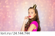 Купить «young woman or teen girl in princess crown», фото № 24144744, снято 31 октября 2015 г. (c) Syda Productions / Фотобанк Лори