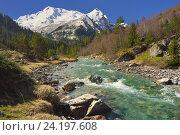 Купить «Изумрудная река в горах Кавказа весной», фото № 24197608, снято 2 мая 2016 г. (c) александр жарников / Фотобанк Лори