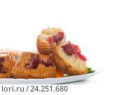 Купить «sweet muffins stuffed with cherries», фото № 24251680, снято 22 ноября 2016 г. (c) Peredniankina / Фотобанк Лори