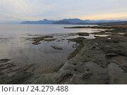 Купить «Каменистый берег возле мыса Меганом в вечернее время. Крым», эксклюзивное фото № 24279488, снято 18 октября 2016 г. (c) Яна Королёва / Фотобанк Лори