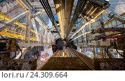 Купить «Нефтяная вышка. Вид сверху», фото № 24309664, снято 6 мая 2016 г. (c) Зайцев Алексей / Фотобанк Лори