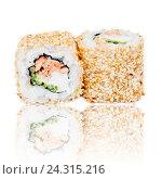 Японские роллы на белом фоне. Стоковое фото, фотограф Aleksandr Ryzhov / Фотобанк Лори