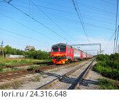 Купить «Электропоезд», фото № 24316648, снято 12 апреля 2010 г. (c) Светлана Кириллова / Фотобанк Лори