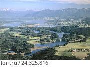 Купить «Germany, Upper Bavaria, Chiemgau, Lake Chiemsee, South Germany, Upper Bavaria, alpine upland, overview, summer,», фото № 24325816, снято 22 марта 2006 г. (c) mauritius images / Фотобанк Лори
