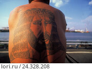 "Man, free upper part of the body, backs, tattoo, ""Jesus Christ"", the USA, America, tattoo, body jewellery, motif, religiously, Jesus, fanatic, faith, religion, back view, outside, фото № 24328208, снято 23 сентября 2017 г. (c) mauritius images / Фотобанк Лори"