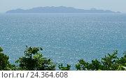Rock coast and sea, Koh Lanta, Thailand, 4k (2016 год). Стоковое видео, видеограф Михаил Коханчиков / Фотобанк Лори