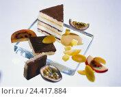 "Купить «Cakes, ""Lemon Rib"", Still life, Food, cake, sponge, lime curd, nougat, caramel-lemon sauce, fruits, sweetly, fruity,», фото № 24417884, снято 14 августа 2001 г. (c) mauritius images / Фотобанк Лори"