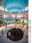Крупнейший в мире торговый пассаж. Дубай, ОАЭ (2013 год). Редакционное фото, фотограф Олег Жуков / Фотобанк Лори