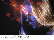 Купить «Composing, woman, cephalalgias, head, pains, migraine, LFX, flashes, flash, cephalalgia, Wetterfühligkeit, page portrait», фото № 24431760, снято 17 марта 2018 г. (c) mauritius images / Фотобанк Лори