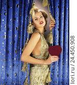 Купить «Film set, curtain, woman, young, blond, evening dress, imitation, Marilyn Monroe, gesture, heart women, studio, festively, copy, simulation, idol, appearance...», фото № 24450908, снято 28 сентября 2000 г. (c) mauritius images / Фотобанк Лори