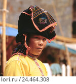 Купить «Laos, Luang Prabang, Lao Tai-Dam, woman, young, headgear, portrait, no model release Asia, Indochina, the north, mountain tribe, tribe, Thai-Dam, locals...», фото № 24464308, снято 28 декабря 2005 г. (c) mauritius images / Фотобанк Лори