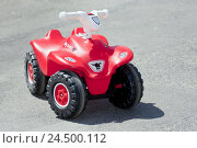 Купить «Bobbyquad, no property release, Bobby's coach, form, Quad, car, red, toys, toys car, street, toys, cross-country vehicle, outside, deserted,», фото № 24500112, снято 31 июля 2009 г. (c) mauritius images / Фотобанк Лори