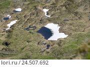 Купить «Mountain lake, thaw,», фото № 24507692, снято 13 ноября 2009 г. (c) mauritius images / Фотобанк Лори