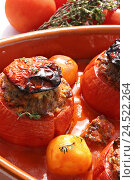 Купить «Baking dish, stuffed tomatoes with mince,», фото № 24522264, снято 15 августа 2018 г. (c) mauritius images / Фотобанк Лори