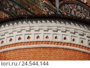 Купить «Декоративное украшение аспиды собора Покрова Пресвятой Богородицы. Музей-заповедник — усадьба «Измайлово». Москва», эксклюзивное фото № 24544144, снято 27 января 2012 г. (c) lana1501 / Фотобанк Лори
