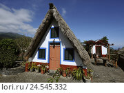 Купить «Portugal, island Madeira, Santana, open-air museum, Casas de Colmo,», фото № 24545332, снято 15 июня 2009 г. (c) mauritius images / Фотобанк Лори