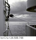 Купить «Ship, detail, deck, sea, clouded sky, s/w,», фото № 24588748, снято 25 июня 2019 г. (c) mauritius images / Фотобанк Лори