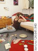 Купить «Teenagers girl, room, sit, boredom,», фото № 24641940, снято 15 ноября 2010 г. (c) mauritius images / Фотобанк Лори