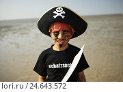 Купить «Germany, Butjadingen, the North Sea, watt, boy, lining, pirate, portrait, model released, North Germany, beach, low tide, person, child, look, paints,...», фото № 24643572, снято 26 января 2009 г. (c) mauritius images / Фотобанк Лори