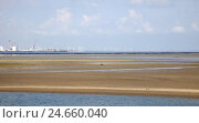 Купить «The North Sea, low tide, watt, wind turbines, economy, Esbjerg, Denmark,», фото № 24660040, снято 24 сентября 2018 г. (c) mauritius images / Фотобанк Лори