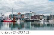 Купить «View of a marina in Tromso, North Norway», видеоролик № 24693152, снято 14 октября 2016 г. (c) Андрей Армягов / Фотобанк Лори