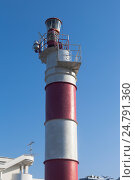 Купить «Адлерский маяк крупным планом, Сочи», фото № 24791360, снято 17 июля 2016 г. (c) Николай Мухорин / Фотобанк Лори
