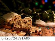 Новогодний кекс. Стоковое фото, фотограф Анастасия Кунденкова / Фотобанк Лори
