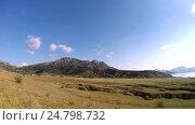 Купить «Движение облаков в горной местности Крыма», видеоролик № 24798732, снято 31 декабря 2016 г. (c) Slasha / Фотобанк Лори