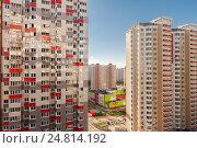 Высотный жилой район. Стоковое фото, фотограф Светлана Булычева / Фотобанк Лори