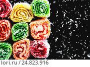 Восточные сладости на темном фоне. Стоковое фото, фотограф Виталий Федоров / Фотобанк Лори