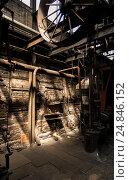 Старый цех. Стоковое фото, фотограф Игорь Горелик / Фотобанк Лори