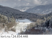 Купить «Зима в горах», фото № 24854448, снято 8 января 2017 г. (c) Татьяна Ляпи / Фотобанк Лори
